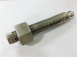 No.22 - Custom CNC-jyrsintä ruostumattomasta teräksestä valmistettujen kuulapään pulttien ja kiinnittimien kanssa