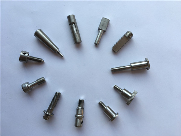 tehtaan toimitukset cnc-sorvausosat titaaniseososia