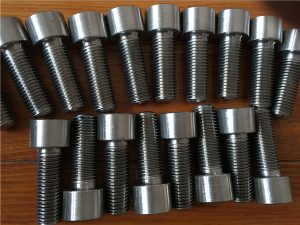 Nro 9-Incoloy 926 EN1.4529 UNS N08926 pistorasian ruuvikiinnitys