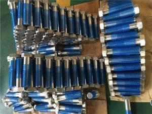 SUS 304L EN1.4306 SS-kiinnittimen kuusiokoloruuvit ISO4014 puolikierteellä